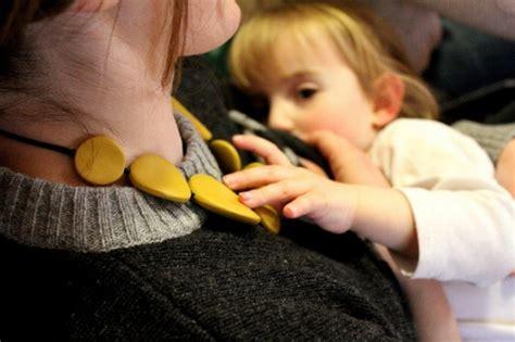 alimentazione per l allattamento al seno allattamento al seno dopo due anni linee guida e pareri