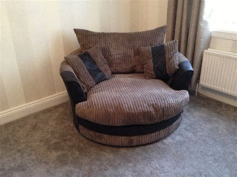 snuggle sofa chair 2 seater sofa and snuggle chair offer scotland ayrshire 163 420