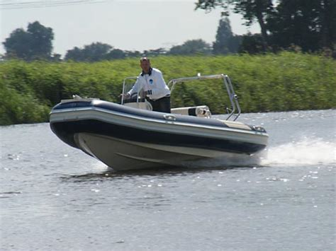 reddingsvest gevraagd nieuw leven bij sportis nieuw leven bij sportis boten nl