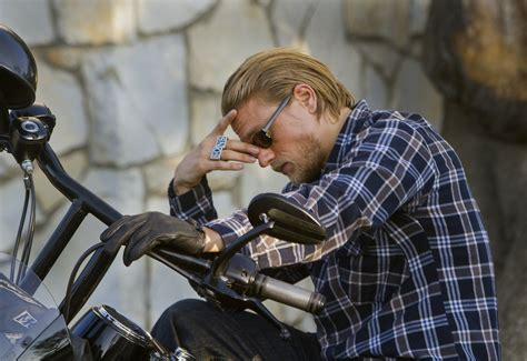 sons of anarchy final season jax tellers final ride fx s sons of anarchy rides into final season with deadly