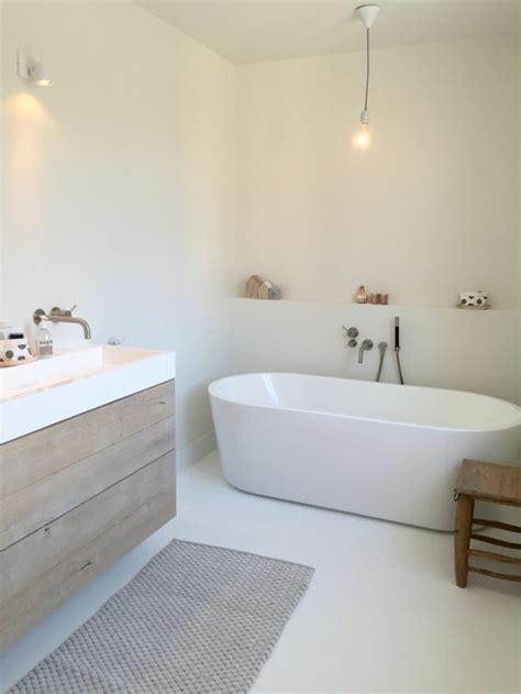 badezimmer behälter wannen ideen badewanne freistehend an wand gispatcher