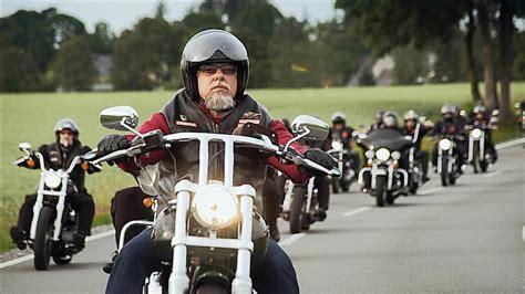 Motorrad Film Doku by Der Etwas Andere Hells Angel Kino Badische Zeitung