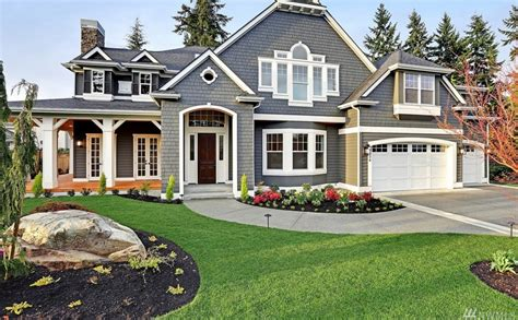 pictures of homes 3 3 million newly built craftsman style home in bellevue