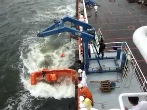 rib boat accident fail how not to launch an frc fast rescue craft
