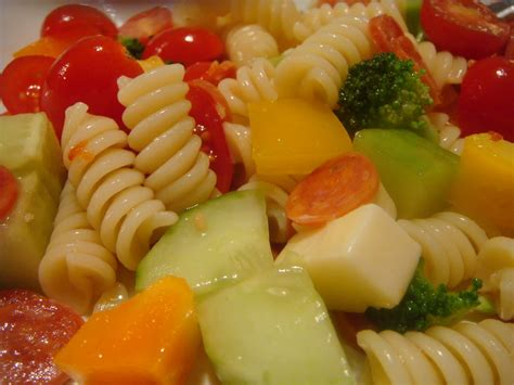 pasta salad mayo delicious dishings easy mayo free pasta salad