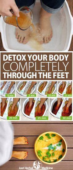 Epsom Salt Detox Bath Lyme by Best 25 Foot Detox Ideas On Foot Detox Soak