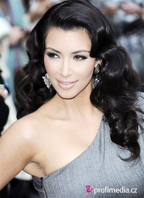 kim kardashiantop 10 best hairstyles ever 2 top picture of kim kardashian hairstyles