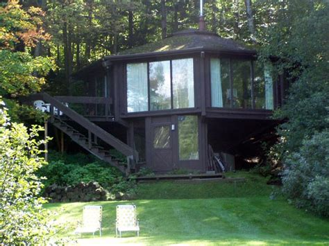 octagon house a mad river valley vacation rental house in waitsfield vermont the octagon house is