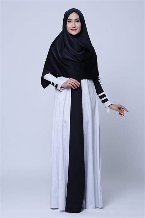 Vania Jilbab Biru Hitam Putih model model gamis syar i cantik dan menawan heejab