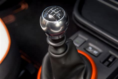 renault 4 gear shift 2017 renault twingo gt cars exclusive videos and photos