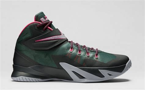 nike zoom lebron soldier  nba shoes