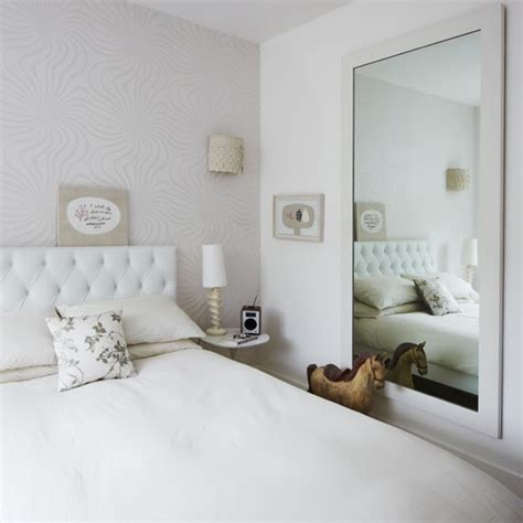 white bedroom modern decorating ideas