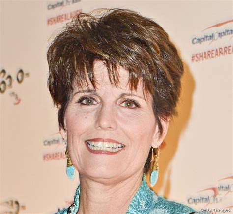 lucy arnaz today lucie arnaz lucy desi s daughter recalls christmas with