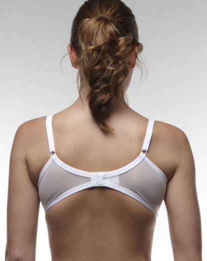 7 Signs Of An Ill Fitting Bra by Does Your Bra Fit 5 Signs Of A Poor Fit For Epic