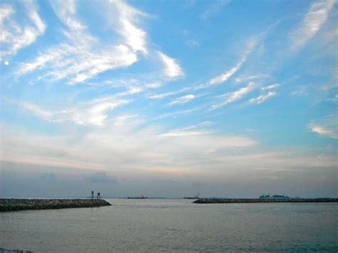 yacht rental batam sthrn islands2 yacht rental in singapore by singexperience