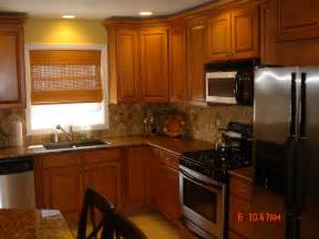 Kitchen Ideas With Oak Cabinets by Kitchen Backsplash Oak Cabinets Best Home Decoration