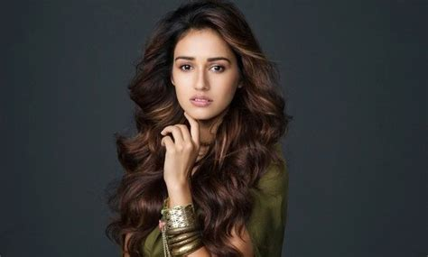 can you have a feathered cut for thick curly hair what are the haircut names of known bollywood actress quora
