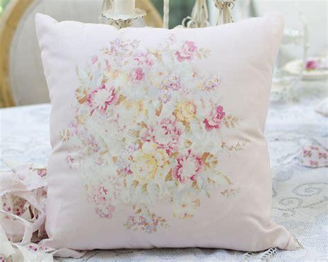 shabby chic style bedding white ruffle duvet