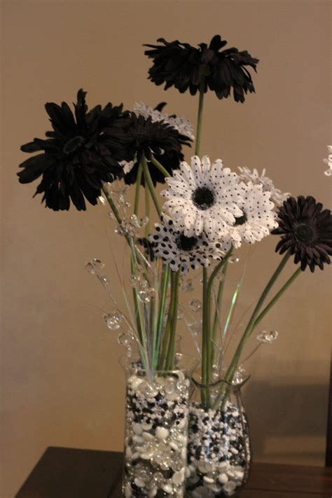 Table Decorations For 40th Black And White Party Centerpieces For 40th Birthday