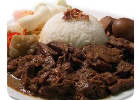 tulisan  masakan tradisional indonesia  terkenal