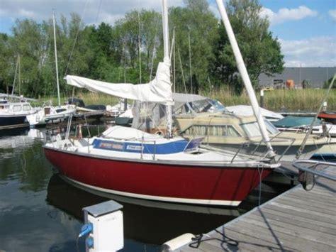 kajuit zeilboot manta 19 zeilboten watersport advertenties in noord holland