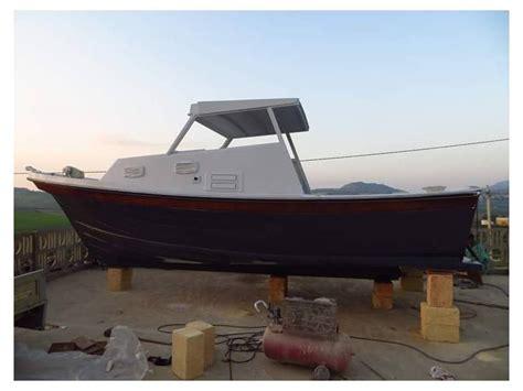 pilotina cabinata usata pilotina artigianale in sicilia imbarcazioni cabinate