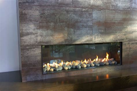 modern fireplaces this modern fireplace is wide and n