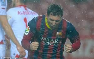 Messio Raincoat Ventilator By Mezzo 4 sevilla 1 4 barcelona match report lionel messi hits