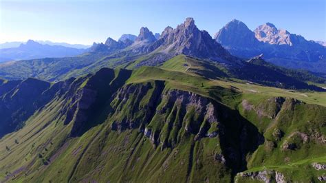 dolomite mountains italy picture dolomite mountains italy dolomites mountains italy dronestagram