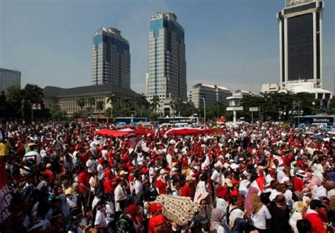 ahok religion thousands gather in jakarta to promote unity amid