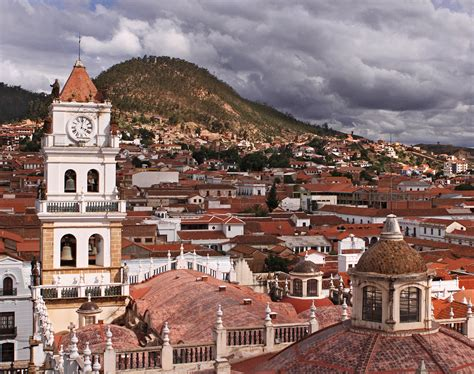 cheap flights from santiago chile to la paz bolivia