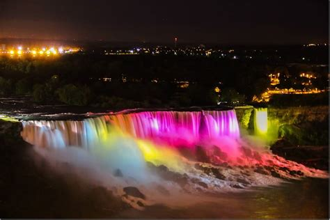 niagara falls night 40 night view pictures of niagara falls