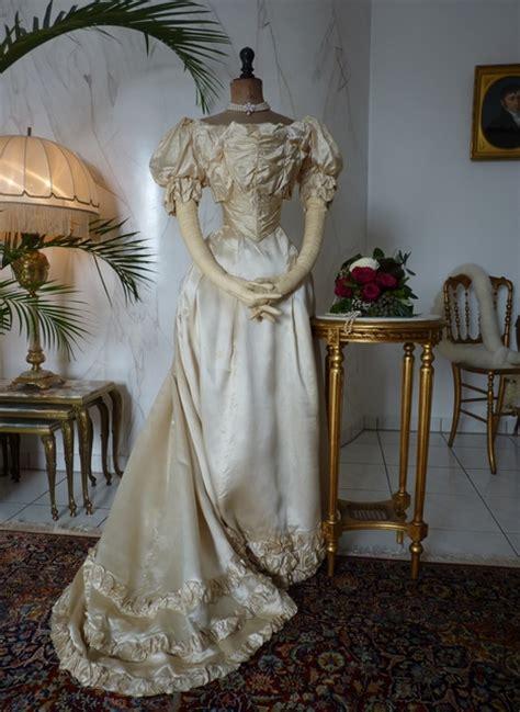 Antique Wedding Gown by Viktorianisches Ballkleid Ca 1892 Www Antique Gown