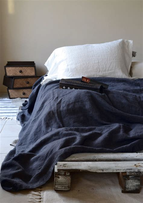charcoal rustic rough stonewashed linen bed cover coverlet