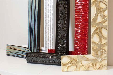 cornici brescia realizzazione e vendita cornici in legno a brescia real