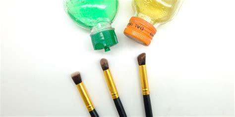 The Balm Sai Eyeshadow Brow Palette Murah pembersih kuas makeup murah dan efektif daily