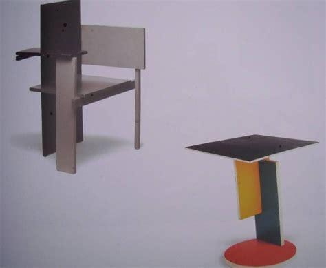 chaise rietveld rietveld chaise dite 171 de berlin 187 et table 1923