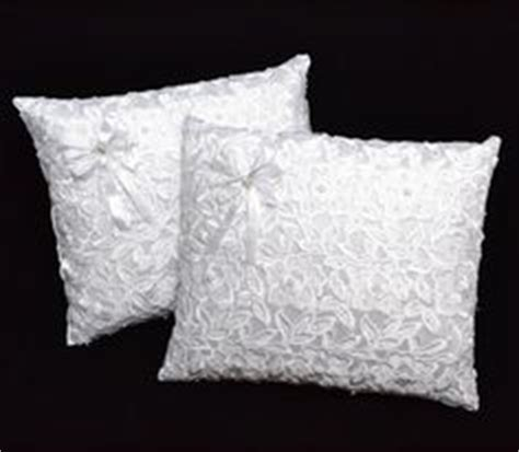 Wedding Ceremony Kneeling Pillows by Kneeling Pillows A Must For A Catholic Church Wedding