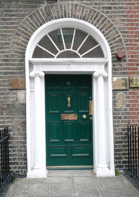 Green Front Doors by Racing Green Front Door Front Porch And Door