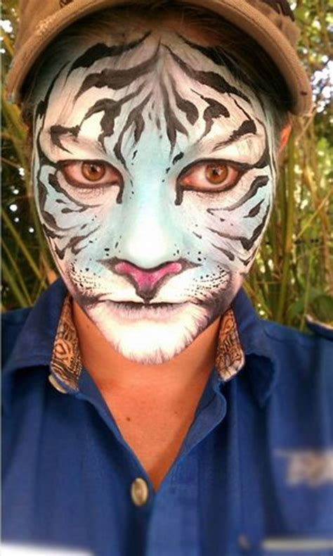 40 Easy Tiger Face Painting Ideas for Fun - Bored Art Realistic Tiger Makeup