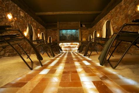 the salt room woodbury salt cave picture of salt of the earth woodbury tripadvisor