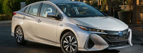 How Much Horsepower Does A Toyota Prius 2017 Toyota Prius Prime Vs 2016 Toyota Prius