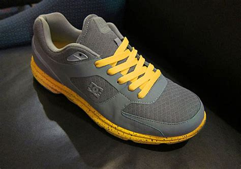 Dc Running 02 dc boost lc running shoes fall 2011 sneakernews