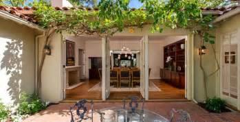 U Shaped House With Courtyard U Shaped House Plans With Courtyard Shaped Houses