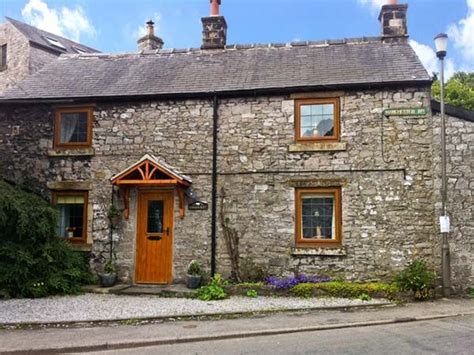 Tideswell Cottage by Stoneycroft Tideswell Peak District Self Catering