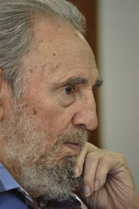 fidel castro la mentira perfecta recopilaciã n de articulos edition books cubano de hoy agosto 2010