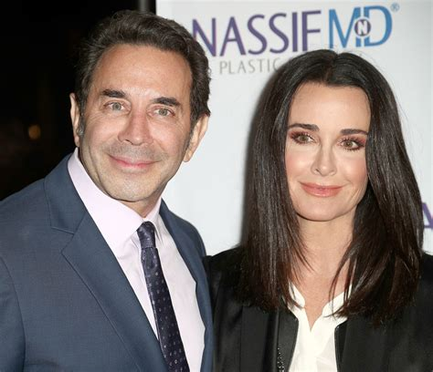 kyle richards needs to cut her hair more pics of kyle richards long straight cut 1 of 5