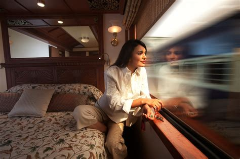 maharajas express train maharajas express a luxury train in india