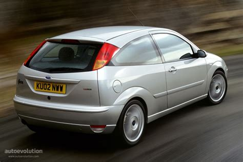 ford focus  doors