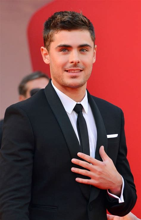 zac efron hands zac efron supports gay marriage the hollywood gossip